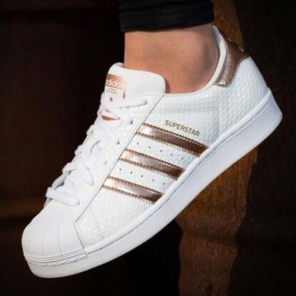 adidas cloudfoam advantage women's rose gold